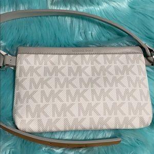 Michael kors gray pocket fancy pack belt